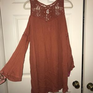 NWT!!! SHOULDER-LESS DRESS